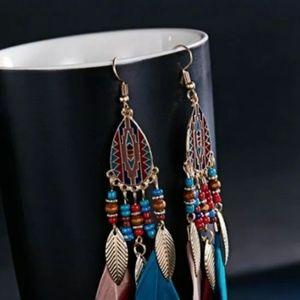 Beautiful boho feather earrings